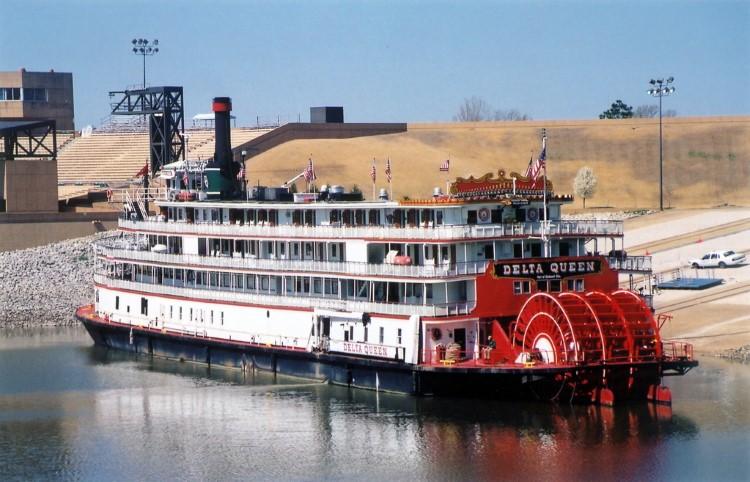 Memphis Queen Line Riverboat
